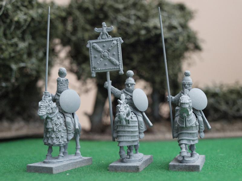 [Liens] Parthes, Palmyréens, Sassanides et Achéménides: armées d' autres joueurs - Page 2 SASS21%20Sassanid%20mounted%20command%202